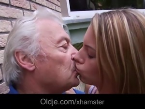 Teenie school girl swallowing grandpa cumshot outdoor fuck