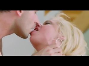 Blonde Slut Getting Fucked