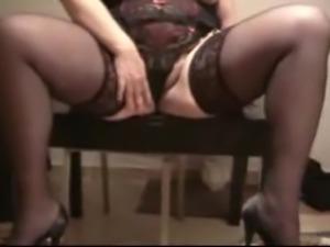 Big Butt Mature Italian