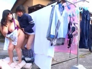 Japanese milf BBW fucked outdoors by an eager guy