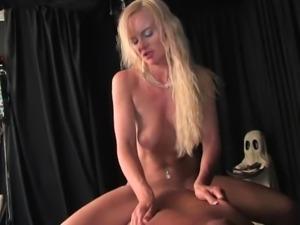 Many sexy kinky Femdom Mistresses