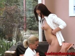 Mature oral pleasuring naturaltited babe
