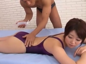 Foxy Asian hottie gets her pussy pleasured at a public pool