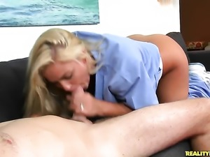 Blonde Krystal Carrington with big butt and shaved bush is the
