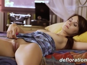 Greta the teen loves touching herself