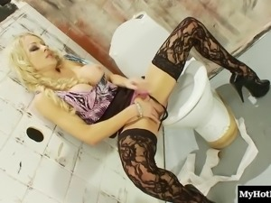 Stunning randy blonde adores playing with a dick from a hole