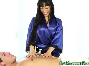 Stunning asian masseuse