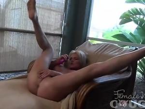 Mature Mandy Masturbates