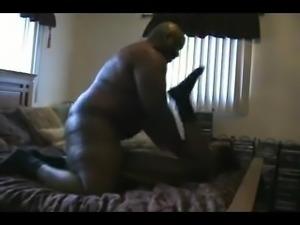 Older BBC make younger ebony scream and beg
