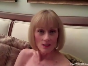 GILF Wants Crazy Sex