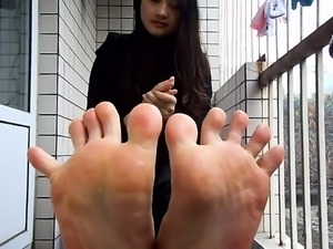 Self filming asian soles Ayana from dates25com