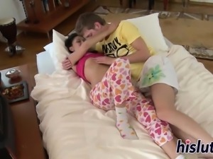Young Russian honey has her beaver pumped