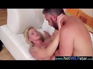 Sexy Mature Lady (ryan conner) Busy On Big hard Long Dick vid-27
