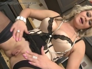Super mother with saggy tits and big pussy