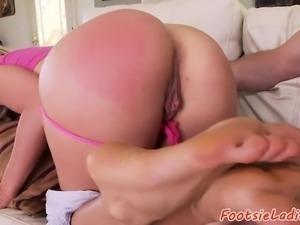 Foot loving amateur banged by big hard cock