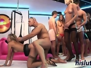 Sexy babes get naughty in the club