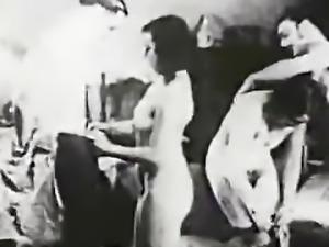 Vintage Swingers Exchange Fuck Partners (1920s Retro)