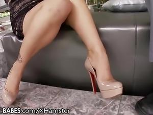 FootsieBabes Asa Akira Adorns Feet with Jewlery