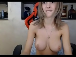 Teen plays creampie fat pussy live - watchfreewebcam.com
