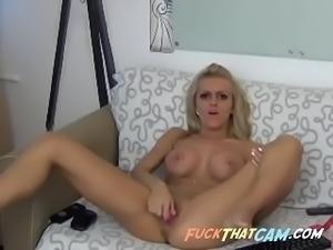 Blonde slut masturbating and toying her wet pussy while teasing on webcam