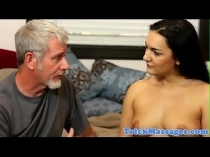 Massage loving beauty gets pussyfucked