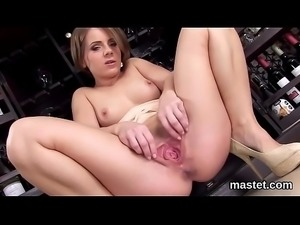 Naughty czech kitten gapes her wet twat to the strange