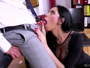 Horn-mad boss gets rid of stress by banging pussy of sexy secretary