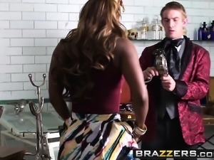Brazzers - Shes Gonna Squirt - The Squirtariu