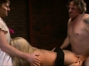 Blonde double penetration threesome very hot