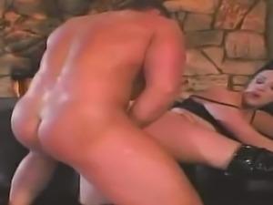 Deja Dare is a stunning goddess who enjoys a fat dick up her ass