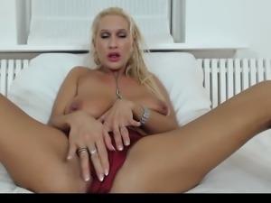 MFC BlondeFreya Orgasms Inside My Red Satin Shorts HD