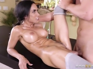 Tia Cyrus is a hot nerd seduced for an amazing sexual adventure