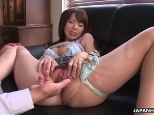 yui hatano gets fingered to orgasm and then sucks that hairy dick