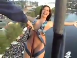 Kinky sporty brunette girl is ready for a nude bungee jumping