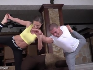 Sporty flexible yoga instructor Tina Kay takes dick in her anus for a ride