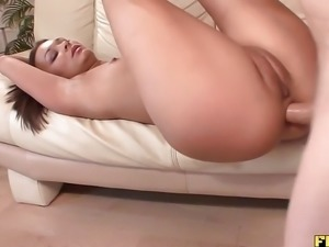 Babe Crissy Moon Goes Anal Crazy With Dick