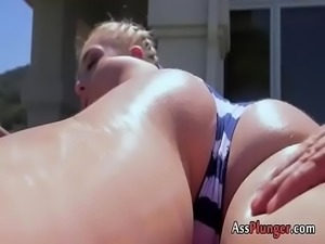 Magnificent Amatuer Loves Anal Exploring