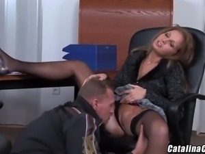 lauryn may takes a stiff one up her sweet asshole