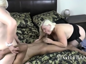 Rock hard ebony dude banging a chubby old lady