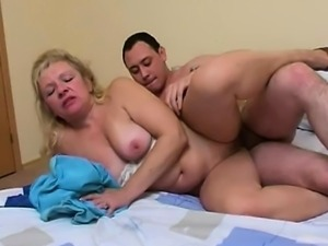 Blonde mature hardcore banging