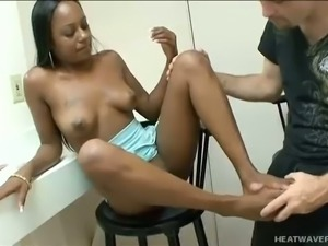 Curvy black nympho Mia White is such a nice footjob expert