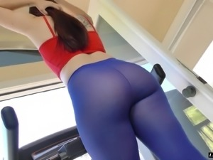 Ariel Blue teases a guy with her booty before being plowed