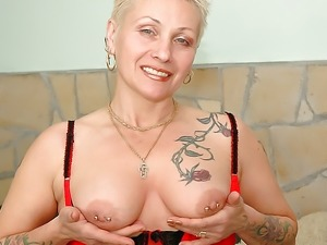 Crazy Ukrainian granny Nyikita