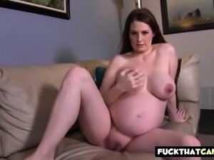 Alli Mo preggo girl in webcam jerking