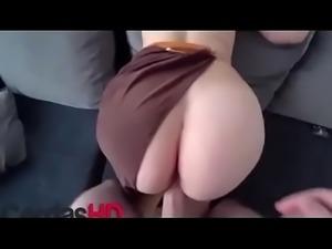 Madura con el culo perfecto es follada