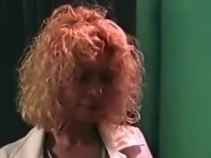 Sperm Bank Nurse Gets Her Sample