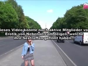 Deutsche Teen ficken in Berlin Tiergarten Public Dreier