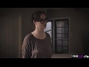 Jay invite Sexy Lena for a threesome