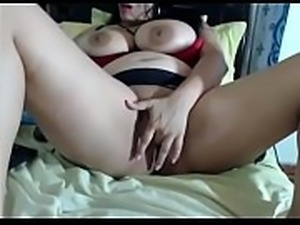 Large woman toys big pussy on cam