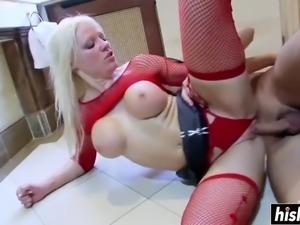 Blonde cindy rides a delicious cock